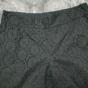 😎 BR Cute crop Harrison eyelet black pants 4/28